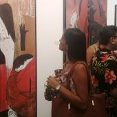 The public enjoys the works of Moisés Finalé in Maxima Gallery-Studio